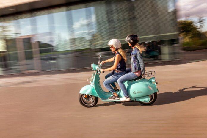 Mobilità a due ruote: i comuni italiani accelerano