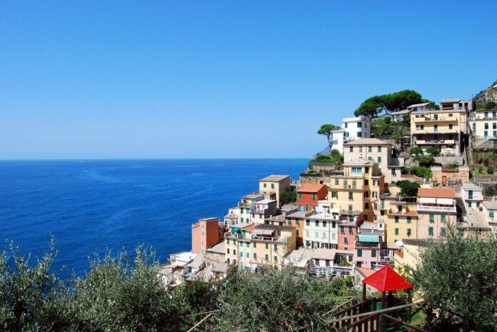 Estate italiana 2020 al mare, la situazione regione per regione e consigli