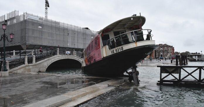 Da Vaia all'Acqua Granda, il libro per pensare la svolta energetica del Veneto