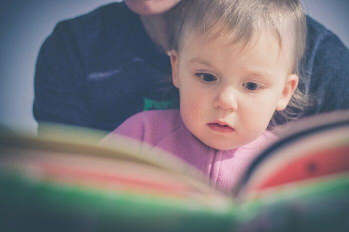 Le 5 regole d'oro per appassionare i bambini alla lettura