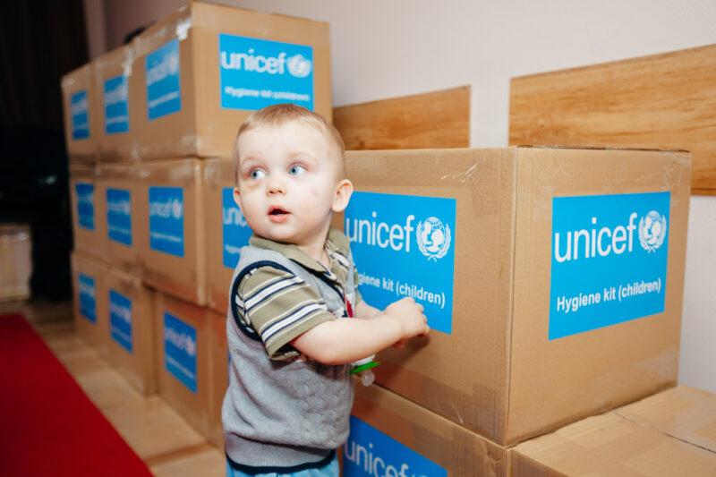 Covid-19 e vaccino: l'Unicef prepara 500 milioni di siringhe
