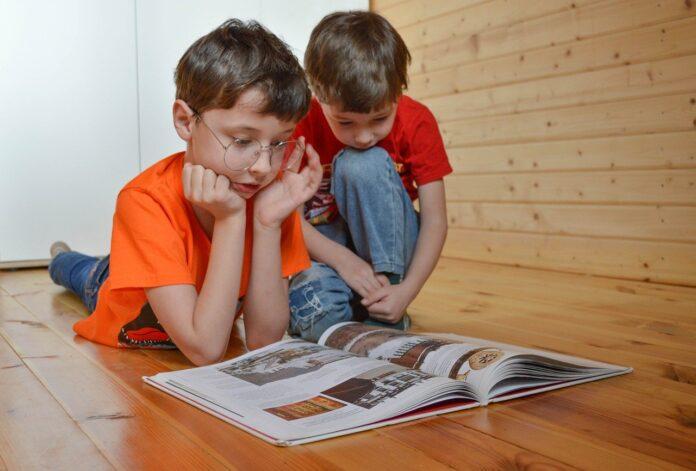 Lavoro e quarantena dei figli, cosa fare quando l'isolamento obbligatorio di un bambino ci vincola a stare a casa
