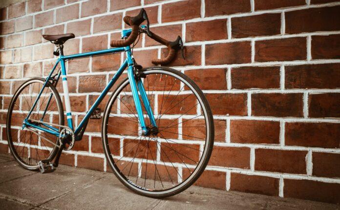 Bici e motocicli in città, le amministrazioni devono fare di più