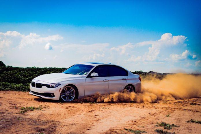 BMW e sostenibilità, no ai minerali provenienti dagli oceani