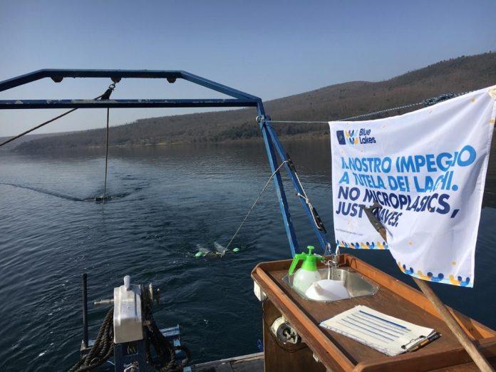 Rischio microplastiche nei laghi, con Life Blue Lakes nuovi metodi di studio